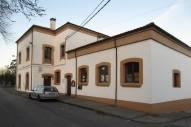 "Casa de Cultura ""Antigues Escules de Sotiello"", donde se celebró el taller de Herbarium."